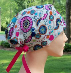 Looking for my favorite scrub hat. Scrubs Pattern, Scrub Hat Patterns, Hat Patterns To Sew, Sewing Patterns Free, Free Pattern, Bonnet Pattern, Nurse Hat, Surgical Caps, Scrub Caps