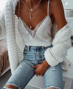Find More at => http://feedproxy.google.com/~r/amazingoutfits/~3/1n6YTNl834c/AmazingOutfits.page