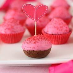 Pink Flourless Chocolate cake pops #glutenfree
