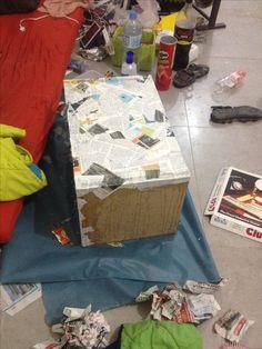 לפינת עבודה Suitcase, Gift Wrapping, Gifts, Gift Wrapping Paper, Presents, Suitcases, Gifs, Gift Packaging, Present Wrapping