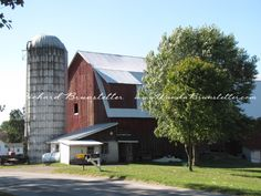 Amish barn . .lovely