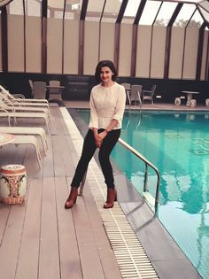 Embedded image Prachi Desai Hot, Casual Work Attire, Deepika Padukone, Strike A Pose, Office Outfits, Hottest Photos, Bollywood Actress, Vogue, Actresses