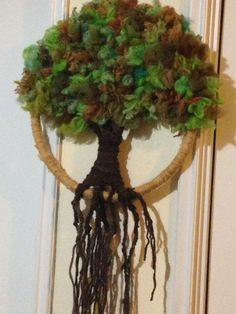Árbol en la natural Crochet Tree, Peg Loom, Macrame Knots, Crewel Embroidery, Nuno Felting, Grapevine Wreath, Flower Art, Dream Catcher, Art Projects