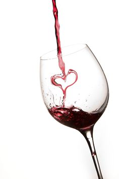 heart-wine-glass.jpg (2848×4288)