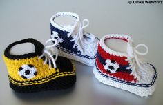 Knit Shoes, Crochet Shoes, Crochet Baby Booties, Knit Crochet, Crochet Baby Toys, Baby Knitting, Unisex Baby Gifts, Baby Moccasins, Booties Crochet