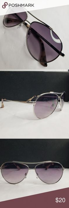542e3a2bf2b ISAAC MIZRAHILIVE Sunglasses Up for sale is a pre-owned pair of ISAAC  MIZRAHI Sunglasses. The sunglasses are in great condition. Isaac Mizrahi  Accessories ...