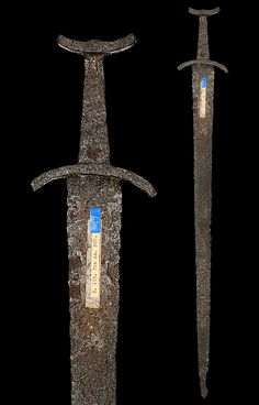 "myArmoury.com A Viking Sword of Petersen Type L (Variant), first half of the 10th century  Overall length: 89 cm (35""); Blade length: 77.3 cm (30.4"")"