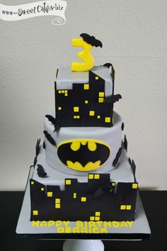 Batman Birthday Cake Can I have this for my bday!?!?!