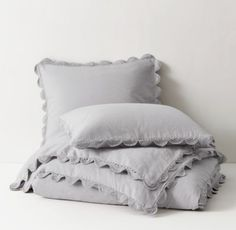 RH TEEN's Hand-Crocheted Linen-Cotton Duvet Cover:Inspired by heirloom bedding, our duvet cover and sham are tailored from rich linen-cotton and trimmed with hand-crocheted scallops. Gentle washing and weathering enhance the collection's inviting feel and casual, lived-in look.