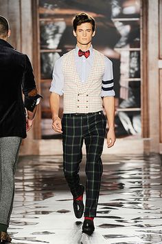 Michael Bastian Fall 2010 Menswear Fashion Show Collection Preppy Men, Preppy Style, My Style, Runway Fashion, Fashion Show, Mens Fashion, Fashion Design, Michael Bastian, Hipster Man