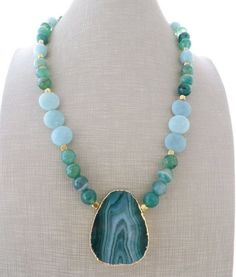 Agate pendant necklace, green agate necklace, chunky necklace, sky blue amazonite necklace, beaded necklace, gemstone jewelry, gioielli