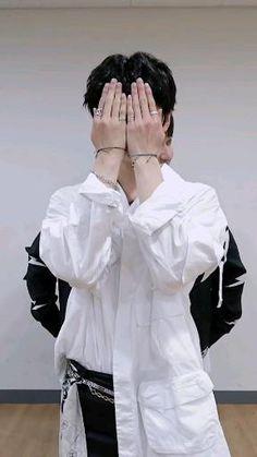 Stray Kids Chan, Stray Kids Seungmin, Felix Stray Kids, Cute Korean, Korean Girl, Savage Kids, Kids Pop, Kim Jisoo, K Pop Music