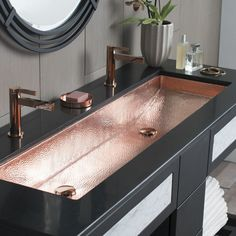 Copper Sink for ultimo luxury lifestyle Native Trails Trough Single Basin Undermount Copper Bathroom Sink Polished Copper Fixture Lavatory Sink Copper Drop In Bathroom Sinks, Bathroom Faucets, Trough Sink Bathroom, Stone Bathroom, Aqua Bathroom, Bathroom Bin, Mosaic Bathroom, Brown Bathroom, Black Bathroom Sink