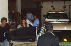 Spotted: Shah Rukh Khan and other Dear Zindagi stars partying in Bandra