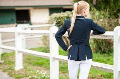 La mode équestre est ce qu'il se fait de plus chic et distingué... Décrouvrez Lamantia Couture, la marque de vêtements d'équitation raffinée.