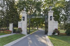 The iconic iron gates | St. Catherine University. (Photo by Andrea Rugg)