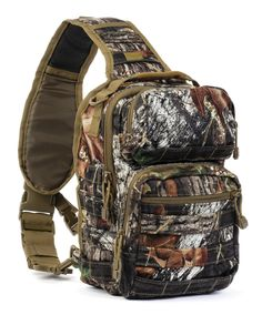 Red Rock Rover Sling Pack - Mossy Oak Break-up - Are you looking for a economical, convenient and compact EDC (Every Day Carry) bag? The Rover Sling Pack is for you. It is manly, functional and very conformable to wear. The pack is perfect for short hikes, bird watching, fishing, hunting and biking. Get it at http://zuffel.com/collections/sling-bag/products/rover-sling-pack-mossy-oak-break-up