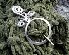 Kreis mit einer Twist Aluminium Schal Pin, Pin Schal, Schließung, Verbindungselement, Sweater Clip Brosche - Metall-Schmuck - Frau Strickzubehör-
