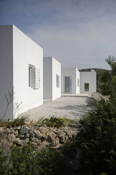 Maison Kamari | Minimalissimo React Architects