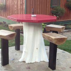 Tree stump table ... Brilliant idea
