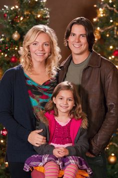 Directed by Allan Arkush. With Sean Faris, Eloise Mumford, Daniel Eric Gold, Dana Watkins. Traumatized by her mother's death, a girl stops talking but is cared for by her three uncles. The story unfolds as all of them find the importance of family. Hallmark Holiday Movies, Great Christmas Movies, Xmas Movies, Christmas Classics, Christmas Music, Christmas Holiday, Sean Faris, The Sweetest Thing Movie, Movies