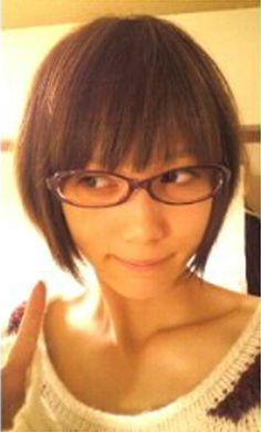 本田翼 Tsubasa Honda, Girls With Glasses, Japanese Beauty, Pretty Woman, Cute Girls, Asian Girl, Fashion Beauty, Hair Color, Hair Beauty