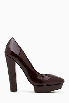 Echelon Platform Pump. #ShoeCult by #NastyGal