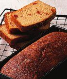 Gluten-free sundried tomato bread (GF, Veg) - A quick, gluten-free bread recipe - no need for yeast, ready in under an hour Bbc Good Food Recipes, Bread Recipes, Bakery Recipes, Gluten Free Baking, Gluten Free Recipes, Gf Recipes, Sun Dried Tomato Bread, Muffins, Gluten Free Pancakes