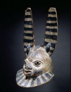 Mask : Agasa (supposed to radiate physical strength, spirtual courage, status and religious leadership), Gèlèdé ceremonial, Yoruba, Nigeria