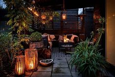 Charming and bright Swedish home with connection to nature Outdoor Rooms, Outdoor Gardens, Outdoor Decor, Small Courtyard Gardens, Small Terrace, Outdoor Retreat, Outdoor Ideas, Roof Terrace Design, Patio Design