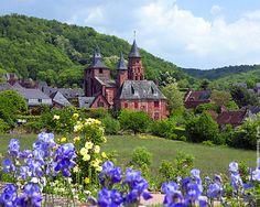 Collonges-la-Rouge : préparer votre voyage avec Voyages-sncf.com