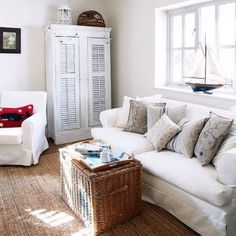 Looking for country living room decorating ideas? Take a look at this living room from Country Homes and Interiors for inspiration. For more living room ideas visit our living room galleries Coastal Living Rooms, Coastal Homes, Living Room Sofa, Living Room Decor, Country House Interior, Country Homes, Country Living, Beach Bungalows, Beach House Decor