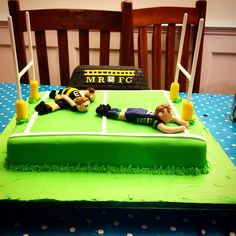 Rugby Pitch cake. Football Cakes, Sport Cakes, How To Make Cake, Pitch, Rugby, Birthday Cakes, Cake Ideas, Toddler Bed, Cooking Recipes
