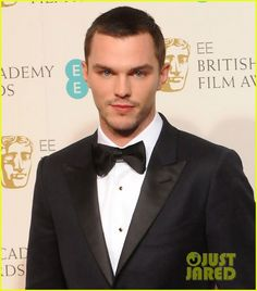 Nicholas Hoult & Jeremy Renner - BAFTAs 2013 Red Carpet: Photo Nicholas Hoult and Jeremy Renner arrive on the red carpet at the 2013 EE British Academy Film Awards on Sunday (February at the Royal Opera House in London,… Nicholas Hoult, Warm Bodies, Jennifer Lawrence, Lily Collins, X Men, British Academy Film Awards, Image Icon, Good Bones, Jeremy Renner