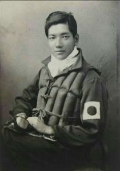 the world oldest professional pilot Jun Takahashi is now 94 years old