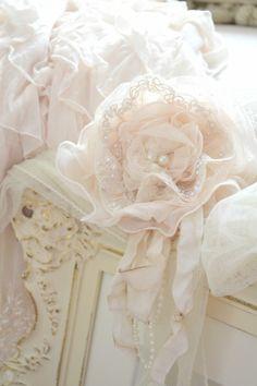 JenneliseRose~Beautiful, soft pink, Gillyflower~❥
