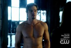 Jay Ryan in Beauty and the Beast Episode 1.15 | Male Celeb News