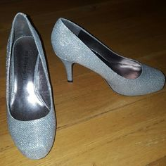 """Madden Girl Silver Sparkle Shoes Closed toe, silver sparkle high heeled shoes w/ 3 1/2"""" heel. Comes w/ original box. Worn once. Madden Girl Shoes Heels"""
