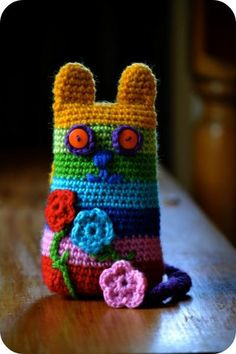 free pattern for a crocheted cat - me gusta