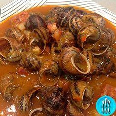 Caracoles a la andaluza https://www.pinterest.com/todocooking/ideas-de-cocina/