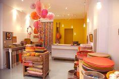 Muskhane shop in Paris!