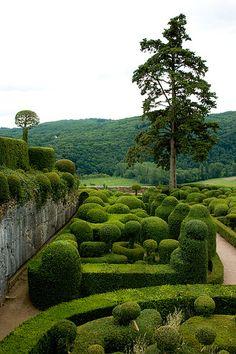 Château de Marqueyssac (garden à la française), Vézac, Dordogne, France | Flickr - Photo Sharing!