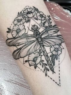 #Designs #Dragonfly #Tattoo