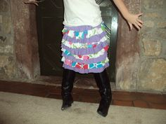 Girls ruffled jersey knit skirt -- I want to make these for my nieces in a holiday theme.
