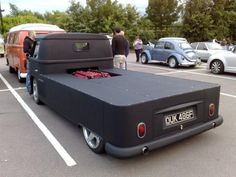 Kombi Tuning III Vw T1 Camper, Volkswagen Bus, Vw Pickup, Pickup Trucks, Combi Vw T2, Kombi Pick Up, Car Furniture, Cool Vans, Gmc Trucks