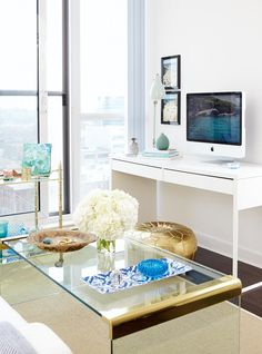 A 500-square-foot condo in the city is transformed into a stylish, tropical oasis. Small Condo Decorating, Apartment Balcony Decorating, Interior Decorating Styles, Decorating On A Budget, Interior Design, Apartments Decorating, Condo Interior, Apartment Ideas, Small Apartment Design