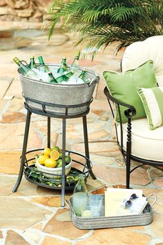 10 ways to serve drinks at your next outdoor party