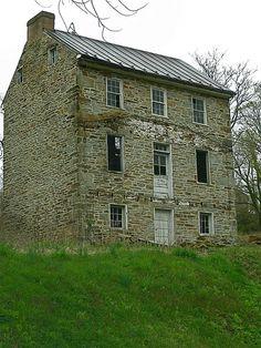 Abandoned house | Flickr - Photo Sharing!