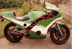 Harris Magnum 2, Kawasaki z1r motor, Yoshimura, Dymag. Owner John Cousins Racing Team, Cousins, Restore, Cars And Motorcycles, Motorbikes, Old School, Restoration, Spirit, Vehicles