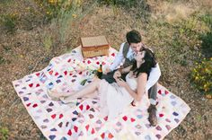 Enjoy a romantic picnic lunch (packed by #lookoutpoint) while you explore hiking trails or Garvan Woodland Gardens. Find the perfect spot, and at the end of the meal, pop the question! #arkansas